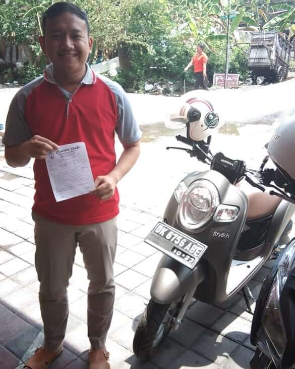 MOTOR SCOOPY TEMAN LIBURAN DI BALI